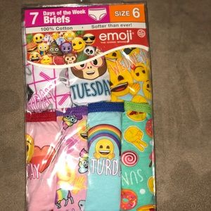 Emoji kids girls underwear- 7 days of the week.
